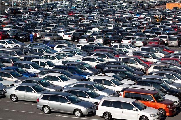 В 2015 году спрос на автомобили в России продолжит падать