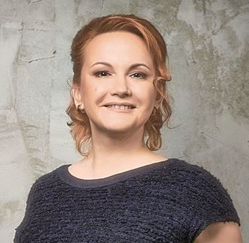 Елена Литвинова уходит из компании OCS в Красноярске