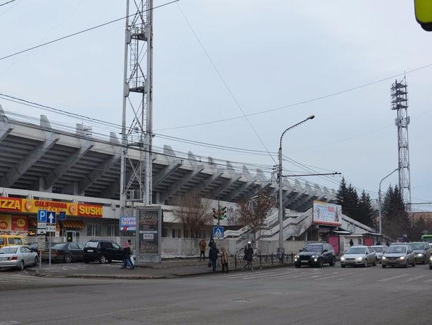 На подготовку поля для бенди на стадионе «Локомотив» в Красноярске нужно почти 70 млн руб.
