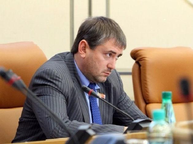 Еще один на выход: депутаты продолжают покидать Горсовет Красноярска