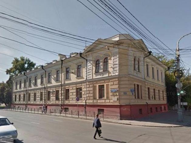 Здания больницы в центре Красноярска вновь выставлены на аукцион