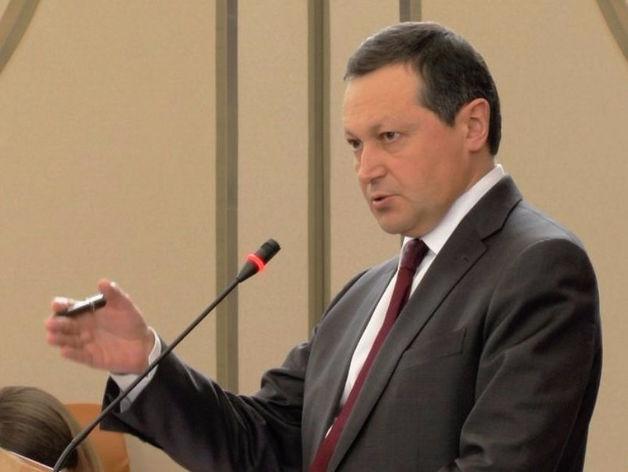 Эдхам Акбулатов уступил мэру Новосибирска в медиарейтинге