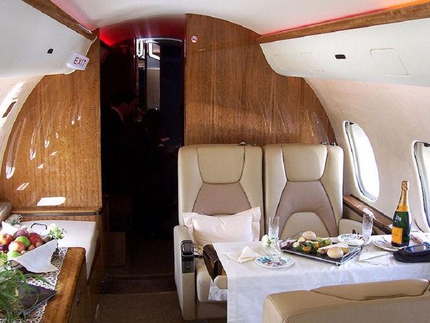 Разбор полетов: красноярских чиновников упрекнули бизнес-классом