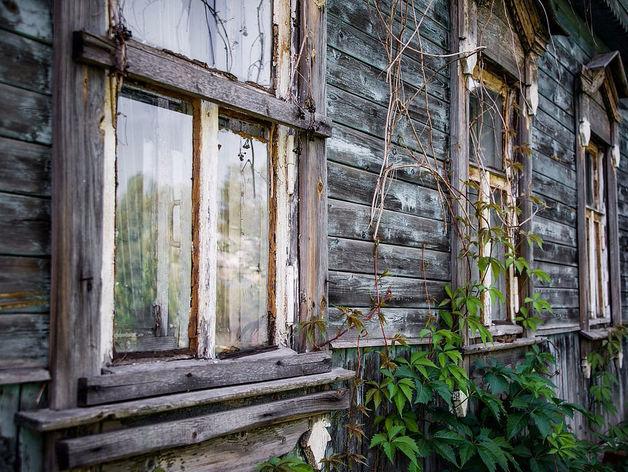 Часть аварийных домов в Красноярске не успели снести в срок