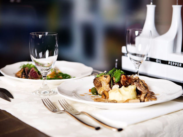Красноярск вошел в десятку городов-миллионников по стоимости среднего чека в ресторанах