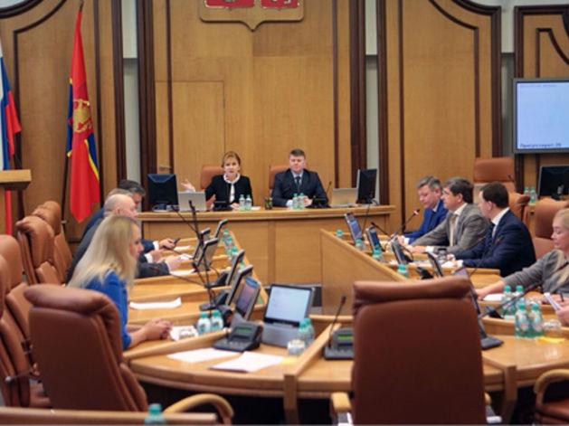 «Вынужденная мера». Бюджет Красноярска приняли без дефицита