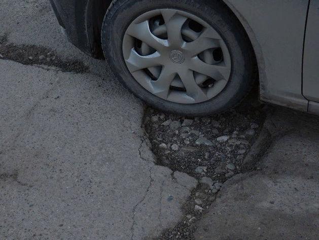 В Красноярске начинается ремонт дорог: в этом году на месяц раньше