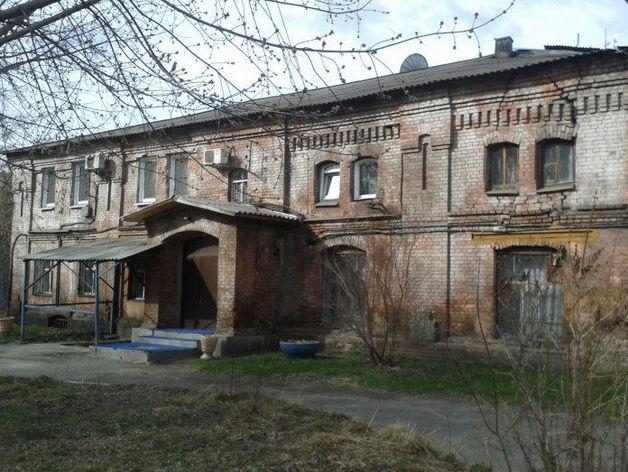 Корпуса больницы на ул. Вейнбаума в Красноярске убрали из списка исторических объектов