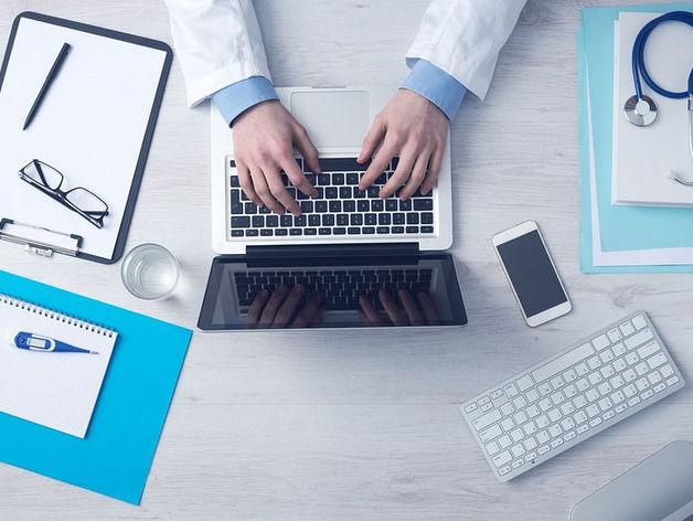Здоровье онлайн. Как технологии меняют сферу здоровья и чем займутся врачи?