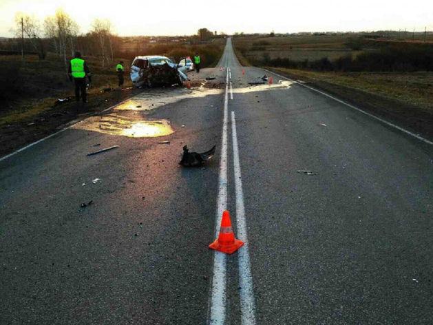 В Красноярском крае столкнулись две иномарки, погибли пассажиры
