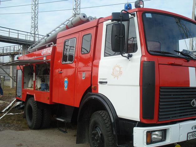 Часть Красноярска утром окутало плотным дымом: горел дворец спорта им.Ярыгина