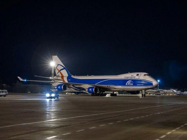 В аэропорт Красноярск зашел новый грузовой авиаперевозчик