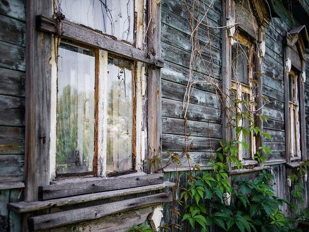 Пять площадок с бараками в Красноярске отдают под строительство жилых домов