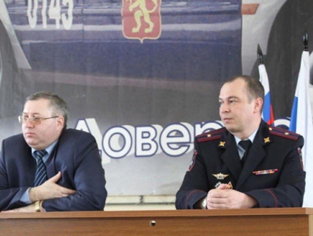 Константин Колегов на фото справа