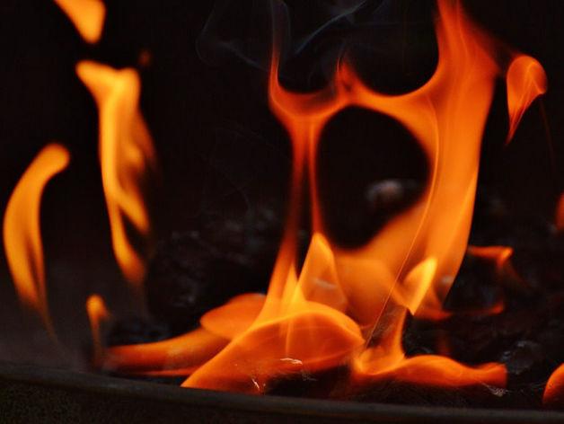 В Красноярском крае при пожаре в жилых вагончиках погибли рабочие