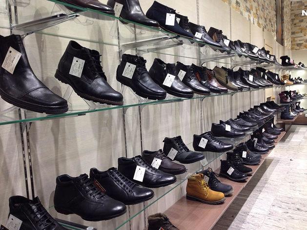 В Красноярске обнаружили обувь с формальдегидом