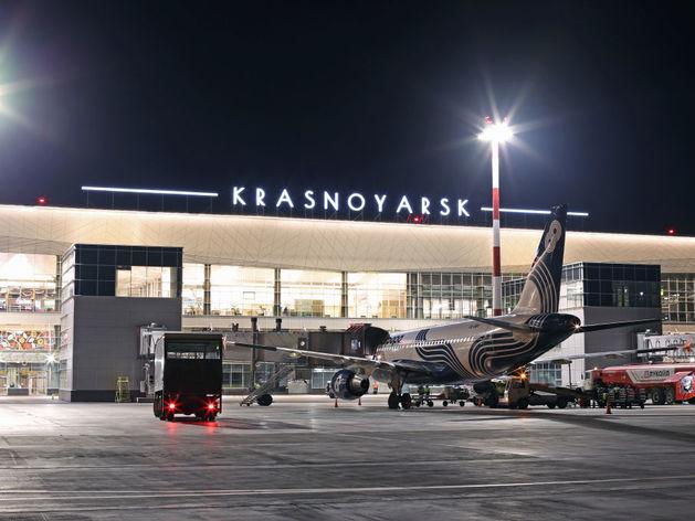 Единственную бесплатную парковку в аэропорту Красноярска закрыли