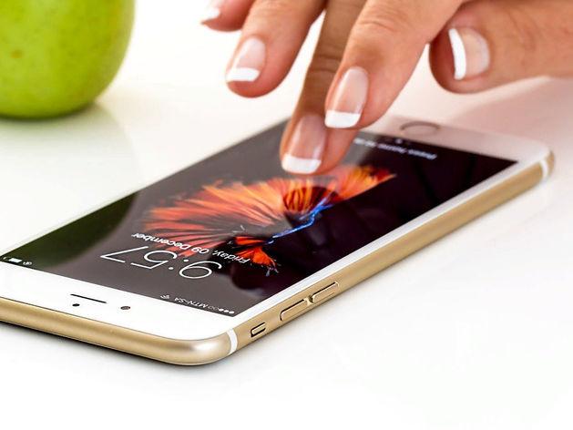 Красноярцы дороже других жителей страны продают подержанные телефоны