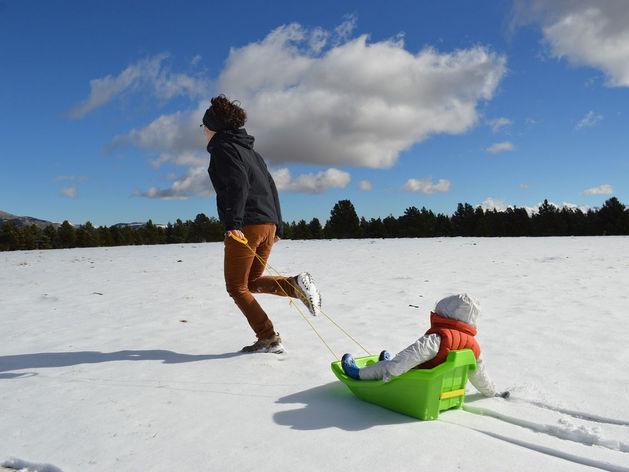 «Спорт в массы!»: в Красноярске значительно вырос спрос на зимний инвентарь