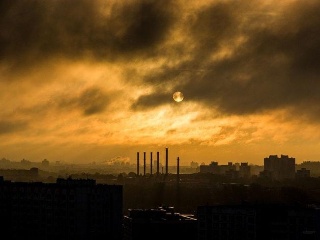 Красноярск снова затянуло «Черным небом», но экологи об этом молчат