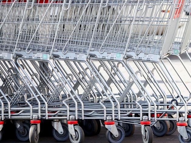 Средний чек в магазинах заметнее всего снизился в Сибири