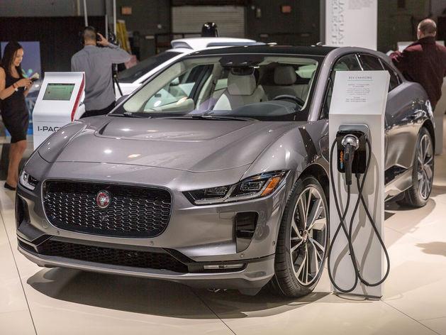 Заводи: ЕЭК может отменить пошлины на электромобили