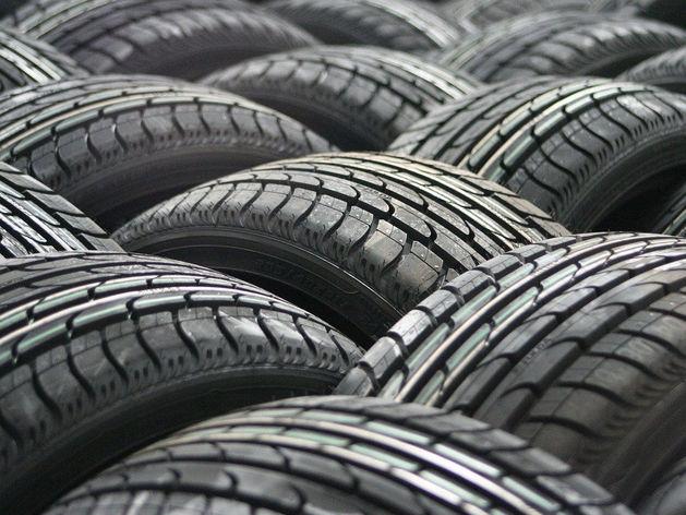 Красноярские автомобилисты стали чаще выбирать новые, но китайские шины