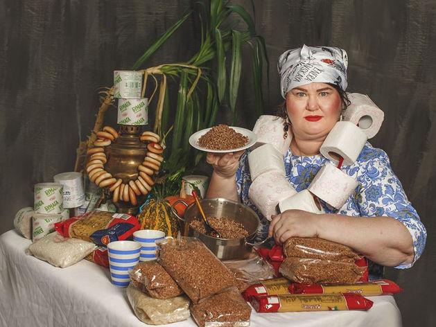 Фотограф Татьяна Вишневская отметила день рожденья антикризисной съемкой