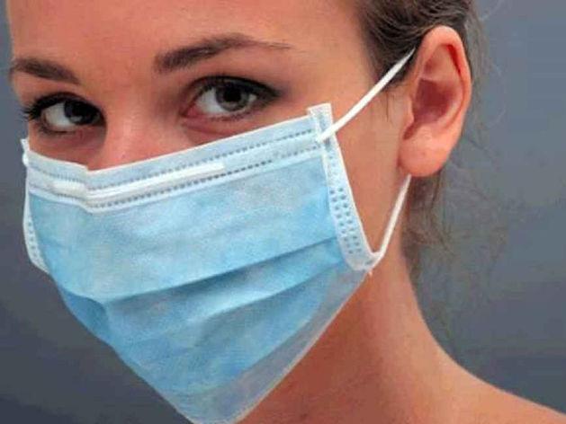 Российское правительство ограничило торговлю медицинскими масками