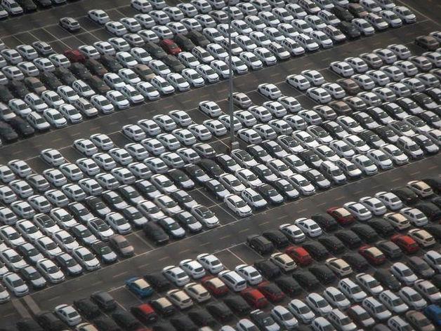 Подержанные автомобили в Красноярске не спешат дешеветь