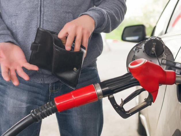 Оптовые цены на бензин пошли в рост: ждем реакцию розницы