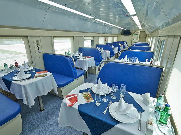 В поезда Красноярской железной дороги возвращаются вагоны-рестораны