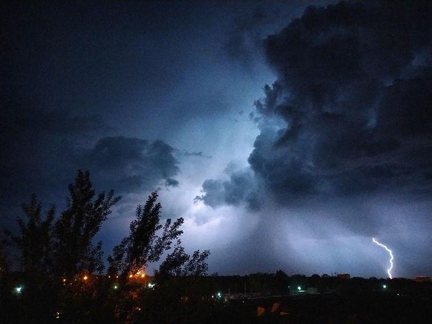 Аномальное лето: вслед за жарой на Красноярск надвигается ураган с градом