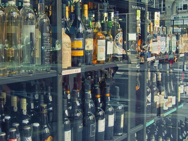 Запрет на вечерню продажу алкоголя в Красноярском крае планируют отменить