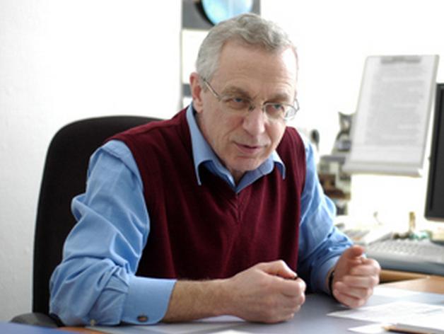 Умер красноярский психолог и педагог Борис Хасан