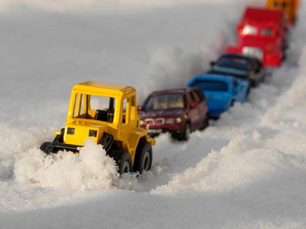 Красноярцы оценили уборку города от снега на «колы» и «двойки»