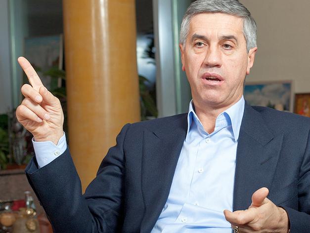 Экс-глава совета директоров КрАЗа Анатолий Быков