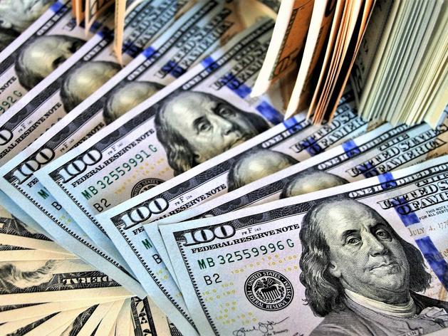 В Красноярском крае стали чаще находить фальшивые доллары