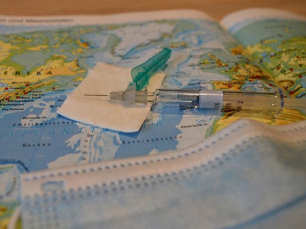Роспотребнадзор: Обязательной вакцинации в Красноярском крае пока не будет