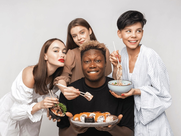 «Ёбидоёби» извинилась за рекламу с африканцем